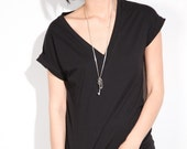 Reserved for robinsline classic low-cut vneck foldover sleeve tee, 1 black 1 white lrg