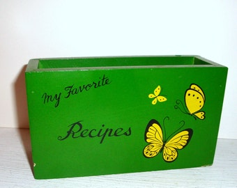 Vintage Wood Recipe Box, Green With Yellow Butterfly, Continental Wood Styles, Kitchen Organizer, Retro, Made in Japan  (371-12)