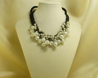 Scrunched Versatile Crochet Pearl Necklace