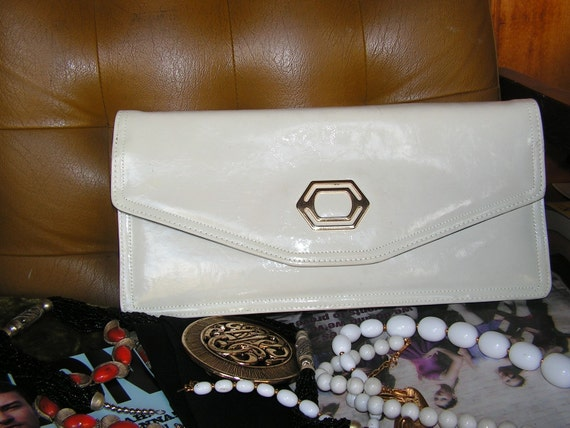 Vintage 80s white, patent leather envelope style  long clutch .