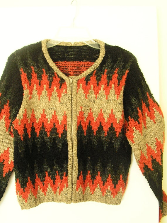 VIntage 70s, hand knit , cropped cardigan with multocor zigzag pattern. Size 6.