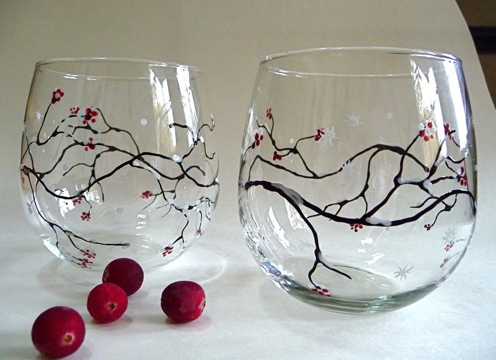 Winter 39 s berry hand painted stemless wine glasses set of for Painted stemless wine glasses
