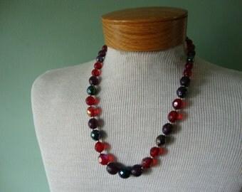 Vintage necklace Vintage jewelry Vintage costume jewelry Vintage 1950 necklace plastic beads red necklace purple necklace green necklace