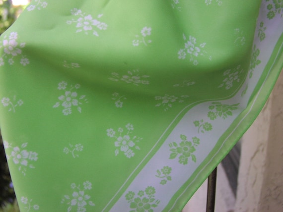 Vintage Neck Scarf, beautiful lime green and white Robinson Golluber design with white flower bouquets on a grass green background