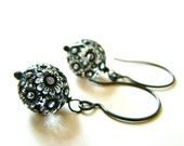 MOVING SALE 30% Off Vintage Black and Clear Floral Etched Beads, Oxidized Sterling Silver Earrings Nature Rustic Everyday Bride Bridal