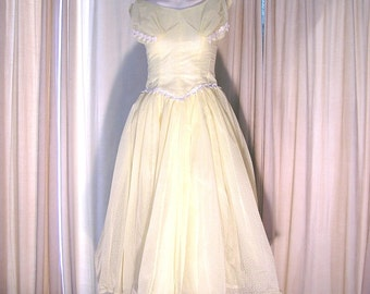 1950s Pale Yellow Emma Domb Party Bridal Prom Dress. Dotted Swiss.