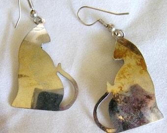 Vintage Silver Cat Silhouette Earrings. J133