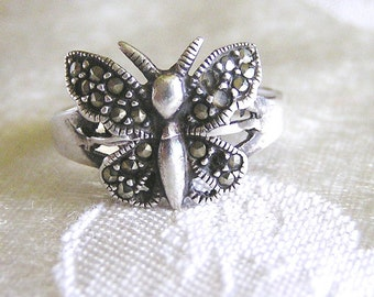 Vintage Sterling Marcasite Butterfly Ring. J75