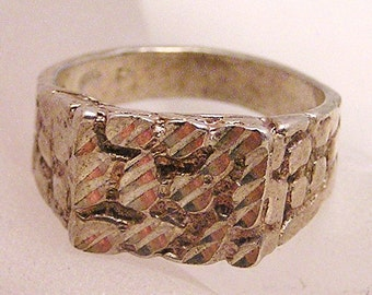 Vintage Nuggety Sterling Silver Ring J6
