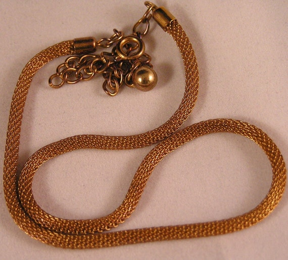 Vintage Rosy Gold Mesh Necklace. Free Us Shipping.