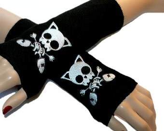 Anime Kitty Skull Crossbones Skull Fleece Black Arm Warmers MTCoffinz