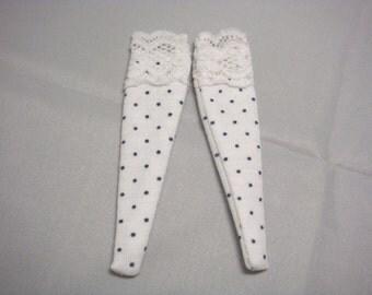 Blythe -Polka Dots Pattern Socks with Lace - BSOC-013