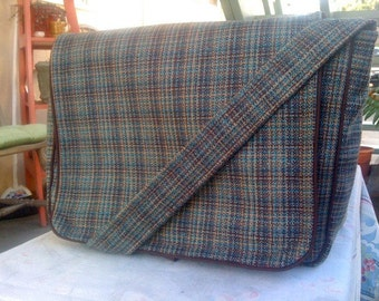 Wool Knit Messenger Bag
