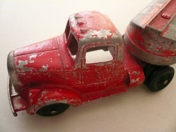 Vintage Tootsietoy Tractor Trailer with Red Tanker Car