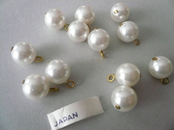 Vintage 6mm  White Glass Pearl Drops (12)