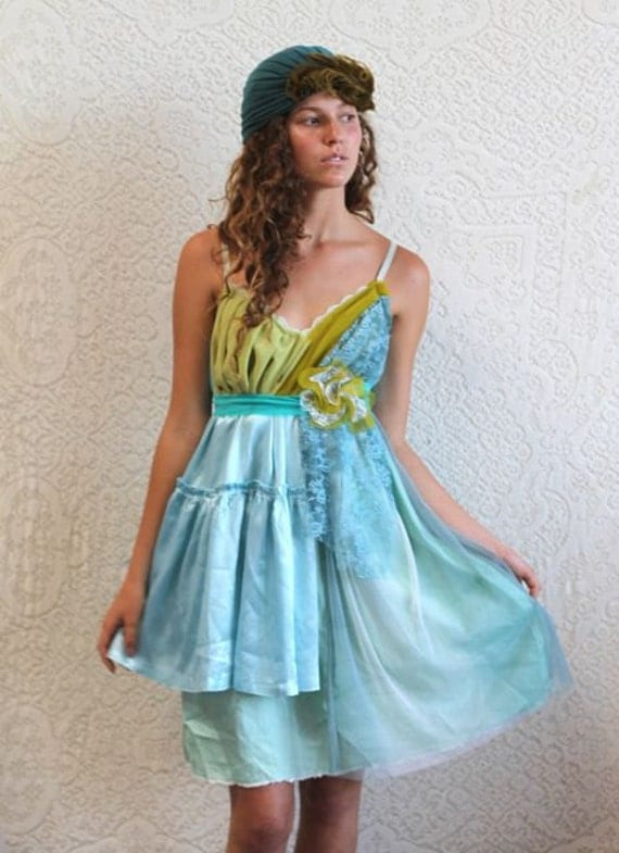 The Lovely Green Trees Dress size 10/12 --ready to ship--
