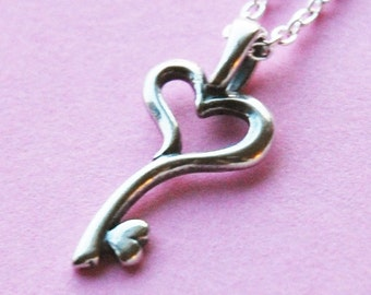 Forever Growing Love - Silver Necklace  (R5B)
