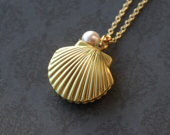 Ocean Seashell Pearl Locket Necklace  (R2C1)