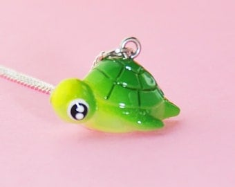 Cute Sea Turtle Necklace  (R3C)