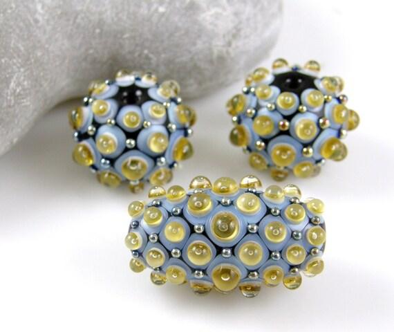 Cocobeads Dots  Handmade Lampwork Focal Beadset (3)