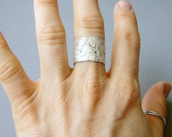 Organic tiling ring, sterling silver, dots, cooper, white, red, contemporary modern jewelry, blocks, orgganic