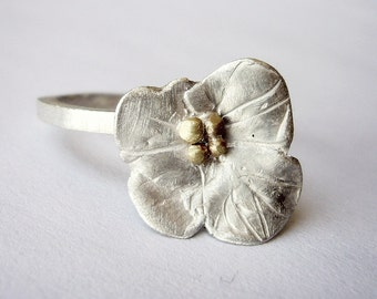 Florcita ring, flower, sterling, plata, cute, soft, nice, delicated, gold, natural, bio, brass, gold