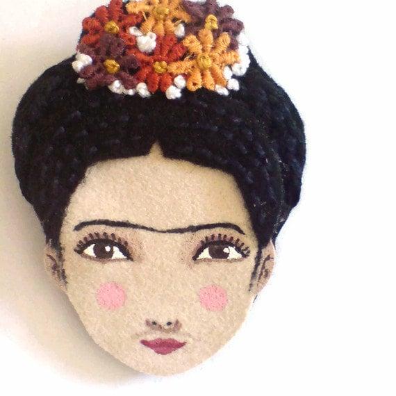 Felt brooch - Frida Kahlo, black, deep purple, pumpkin, orange, woman face