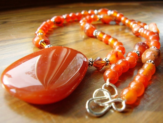 Carnelian Gemstone Sterling Silver Clasp Necklace, Carnelian Gemstone Necklace, Carnelian Beaded Necklace with Pendant, Chunky Carnelian