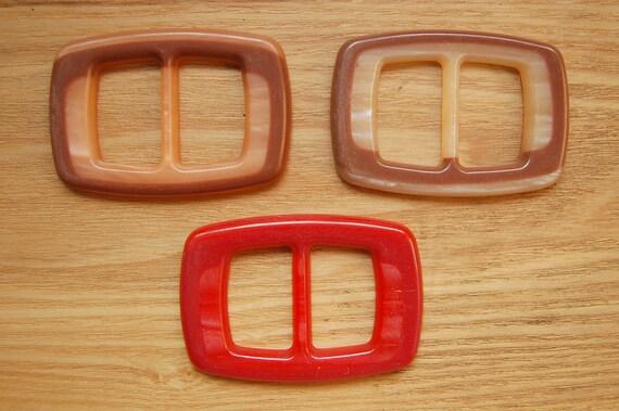 3 Mod Plastic Belt Buckles Vintage Red Brown