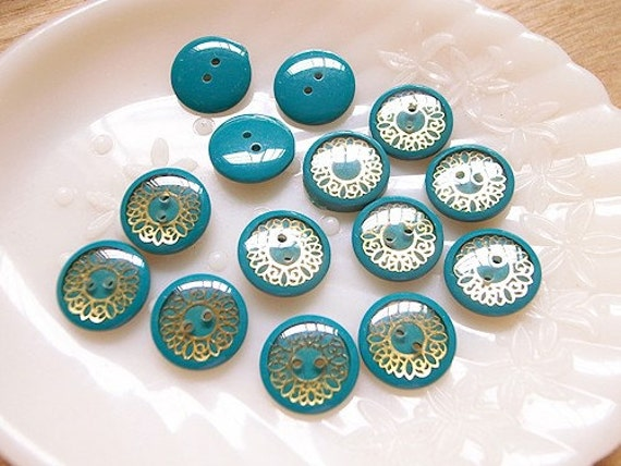 14 Turquoise Doily Vintage Buttons