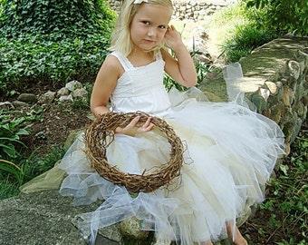 Flower Girl Basket, Rustic , Freeform , Natural Twig Basket. Eco-Conscious Wedding , Wild Ivy