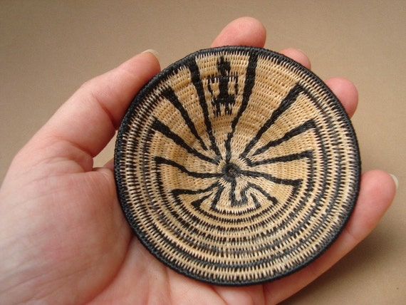 Lifepath Man in the Maze Native American Miniature Basket