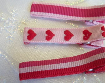 Valentines Simple Hair Clippies, Girls Hair Clips, Toddlers Hair Clips, Simple Clippies, Valentines Day, Hair Bows, Hearts (Item 551)