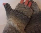 Larger lady or smaller man's grey tweed fingerless gloves