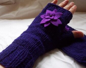 purple ladies fingerless gloves