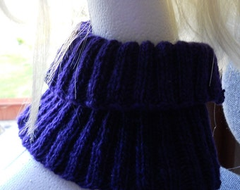 purple  cowl/neck warmer