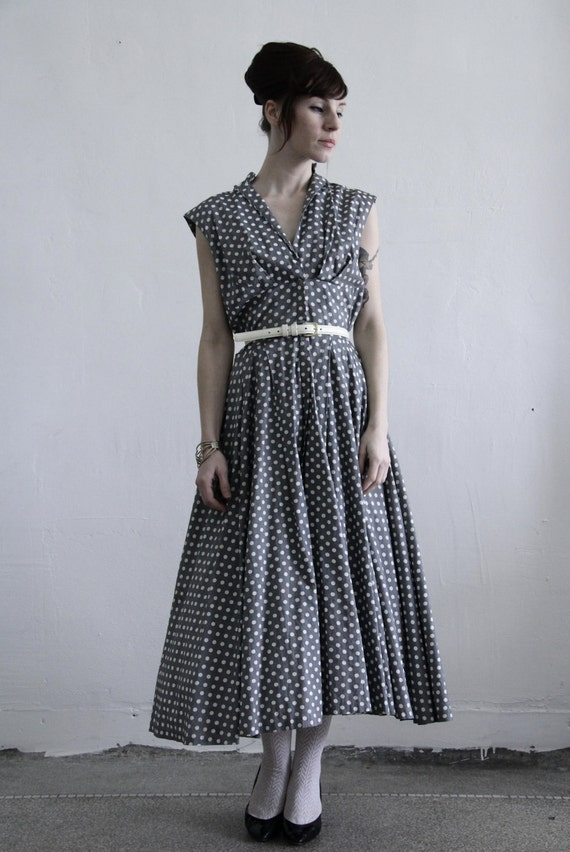 reserved......Vintage 1950s Dress . Pink and Grey . Toile Print . Mid Century Gown