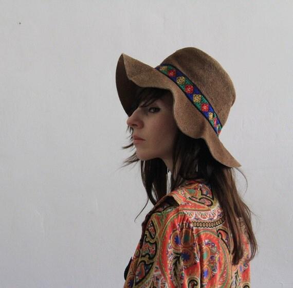 RESERVED , Vintage Suede Hat . Boho . Southwest . Trendy . 1960s