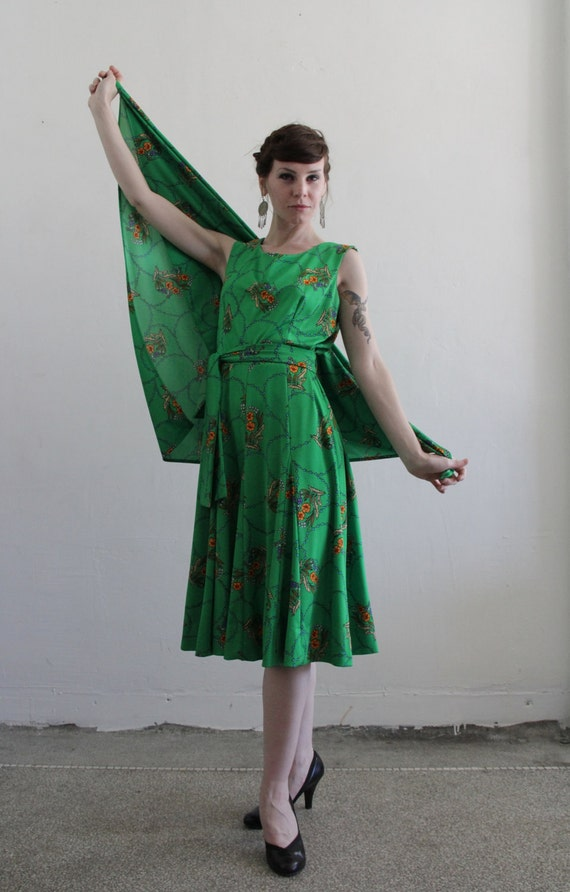 Vintage 1970s 3 Piece . Kelly Green . Floral Print . Disco Dress