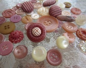 Vintage Buttons - lot of 40 Shabby chic dusty pinks and off whites acrylics, very sweet (no.1413)