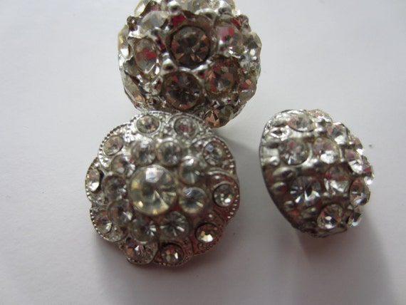 Vintage Buttons - beautiful lot of 3 assorted rhinestone embellished buttons, very old  (lot no.1390)
