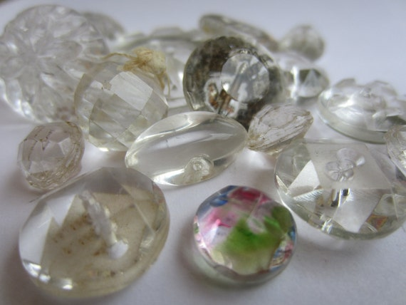 Vintage Buttons   beautiful mixed assortment of heavy cut glass clear  round  faceted glass, lot of 17  (lot 1680)