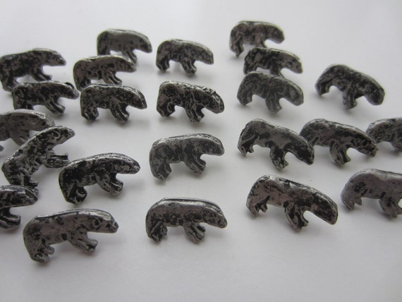 Vintage  Buttons -  lot of 24 tiny bears - Silver metal  (lot no.1704)