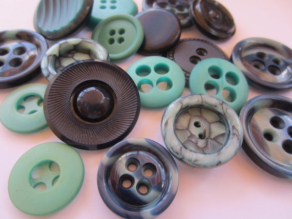 Vintage Buttons - Cottage chic mix of blue green and navy, old and sweet - 16 total (1910)