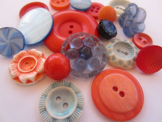 Vintage Buttons - Cottage chic mix of orange and dark blue, old and sweet - 19 total (1911)