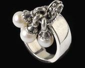 Three Pearl Drop Ring, B.C. Silver Collection                                                                                                       6509SXL