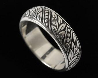 Laurel Leaf Wedding Band, Engraved Collection       2504S