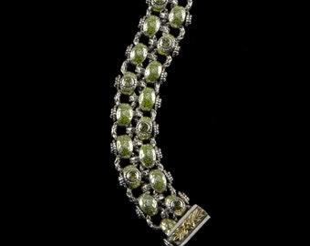 Two Row Laurel Leaf Bracelet, Engraved Collection   2260SGPXXXXP