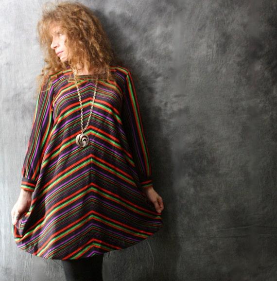 Vintage 1970s Dress //  Groovy Mod Chevron Trapeze, Mary Tyler Moore