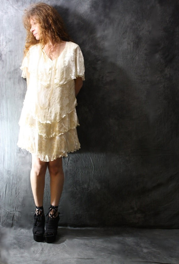 Vintage 1980s Pretty Tiered Flapper Style Romantic Dress